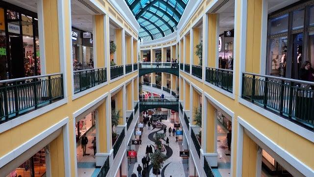 Onde comprar vestidos de festa em Lisboa  2f1775099b5