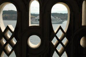 Vista desde a Torre de Belém em Lisboa