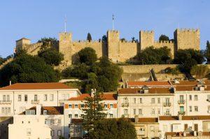 Vista do Castelo e casas de Lisboa