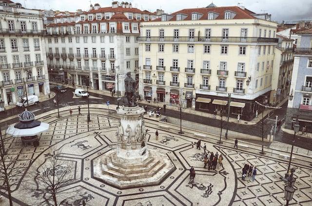 Vista da Praça Luís de Camões em Lisboa