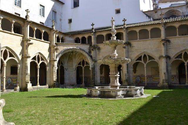 Mosteiro de Santa Cruz
