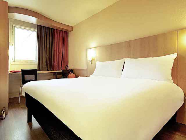 Hotel Ibis no Porto - quarto