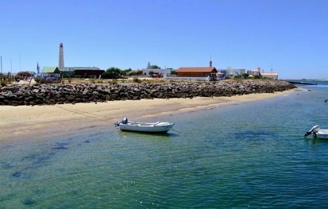 Praia Culatra na Ilha da Culatra em Faro