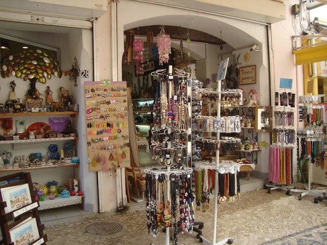 Lojas de artesanato em Albufeira