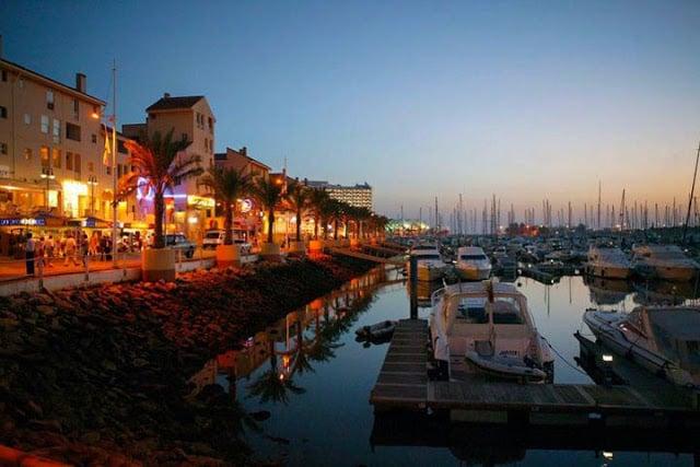 Vida noturna no Algarve