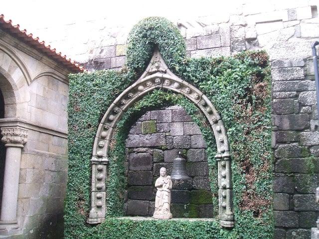 Imagem da Nossa Senhora da Oliveira