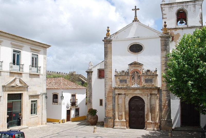 Iglesia de Santa María, Parroquia de Óbidos.