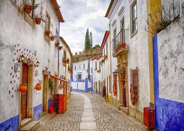 Ruas e casas de Óbidos