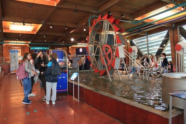 Atividades interativas no Pavilhão da Água