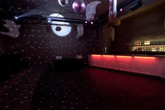Balada Auditório Club - parte da pista e bar