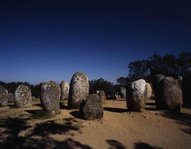 Cromeleque dos Almendres em Évora