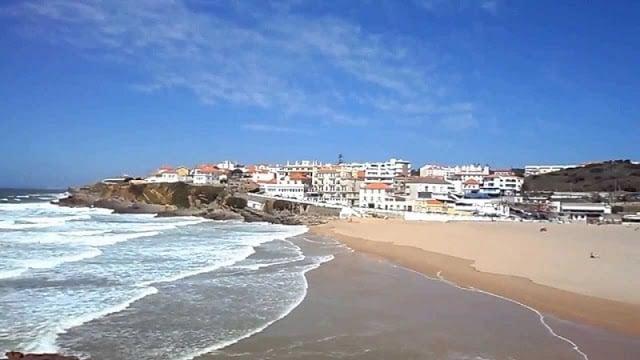 Praia das Maçãs em Sintra