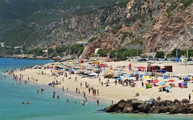 Praia da Figueirinha em Portugal