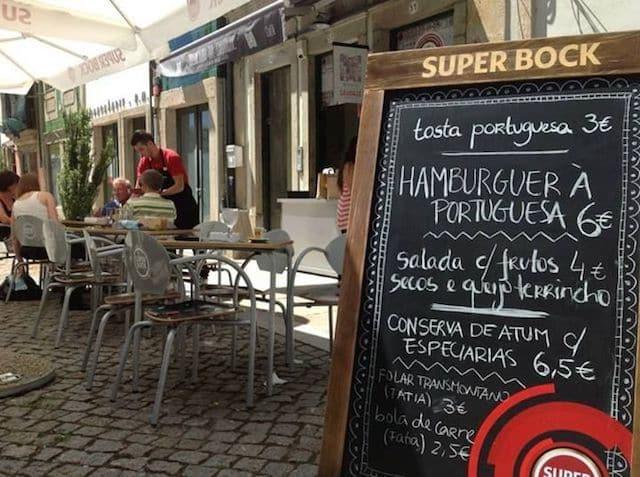 Parte Externa do Mercado da Saudade em Braga