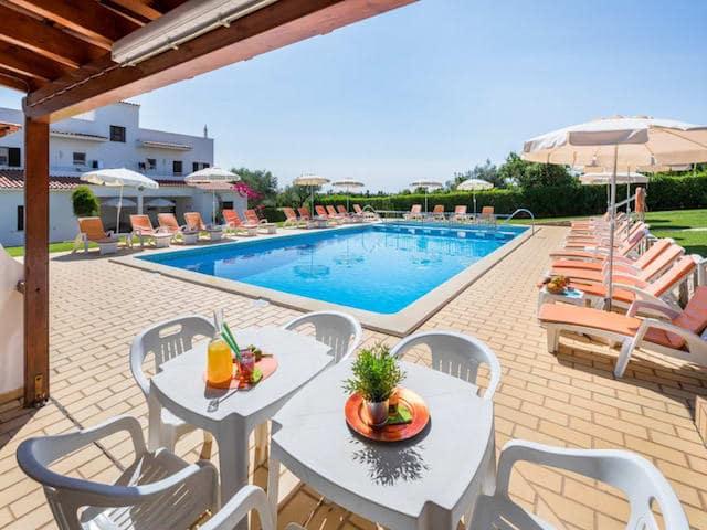 Apartamentos Flor de Laranja em Albufeira - piscina