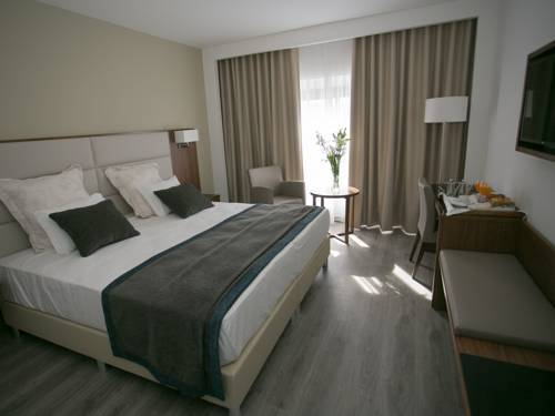 Hotel São Lázaro em Bragança - quarto