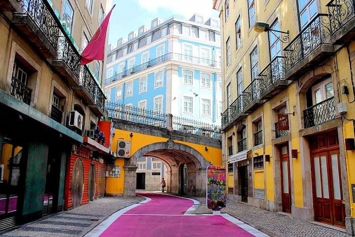 Rua Cor de Rosa em Lisboa