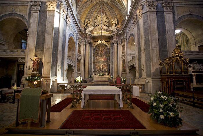 Basílica da Estrela - órgão e altar