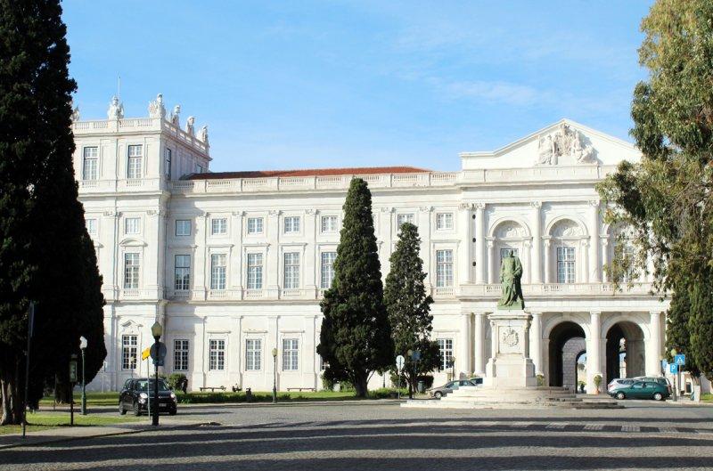 Fachada do Palácio Nacional da Ajuda em Lisboa